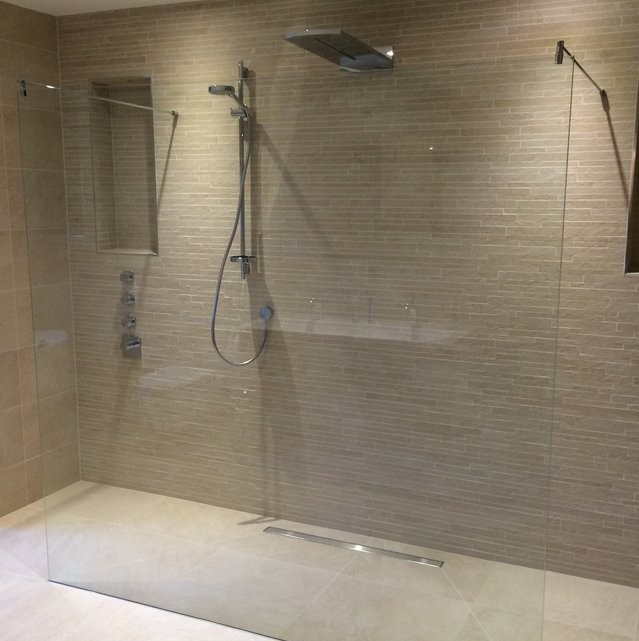 Walk in Glass Shower
